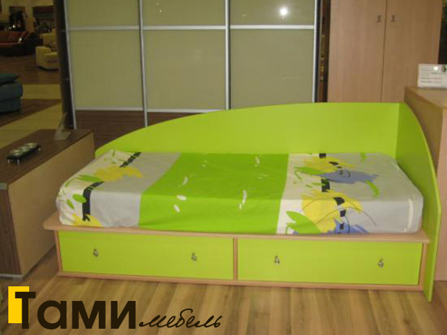 Детская салатовая кровать в Гомеле под заказ