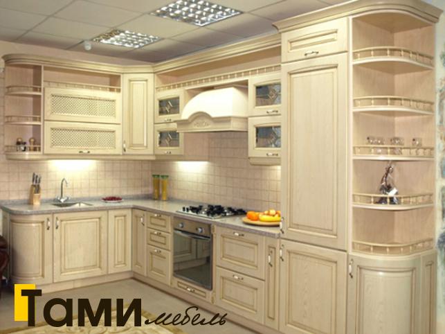 Кухня с фасадами из массива 9
