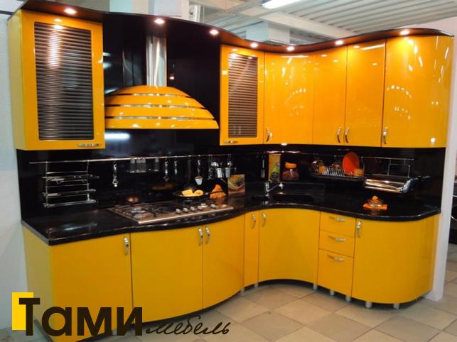 Кухня с фасадами пленочный мдф1