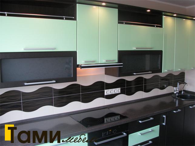 Кухня с фасадами пленочный мдф17