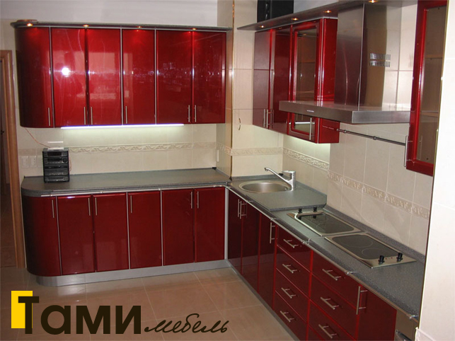 Кухня с фасадами пленочный мдф27