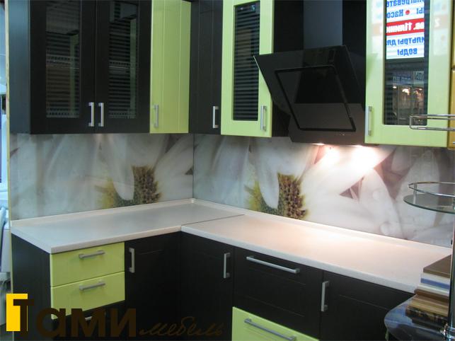 Кухня с фасадами пленочный мдф43