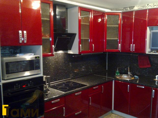 Кухня с фасадами пленочный мдф58