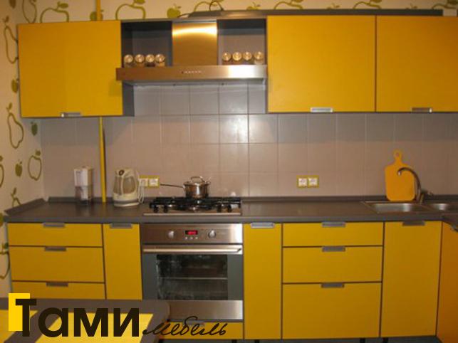 Кухня с крашенными фасадами 13