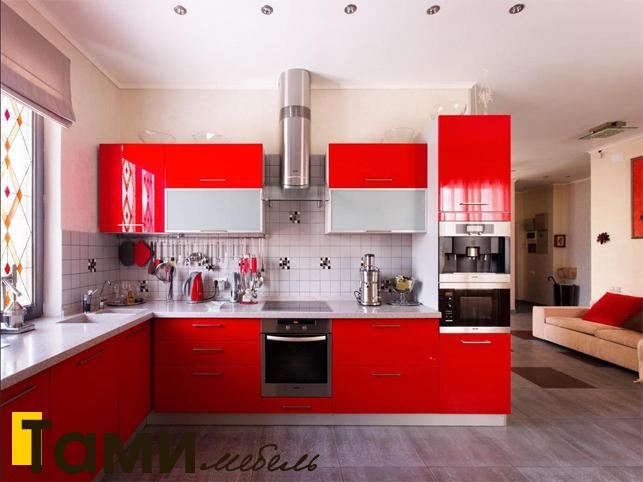Кухня с крашенными фасадами 19