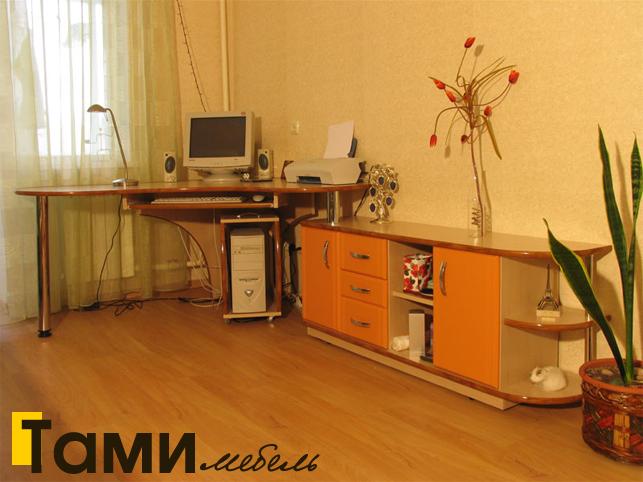 Стол компьютерный13