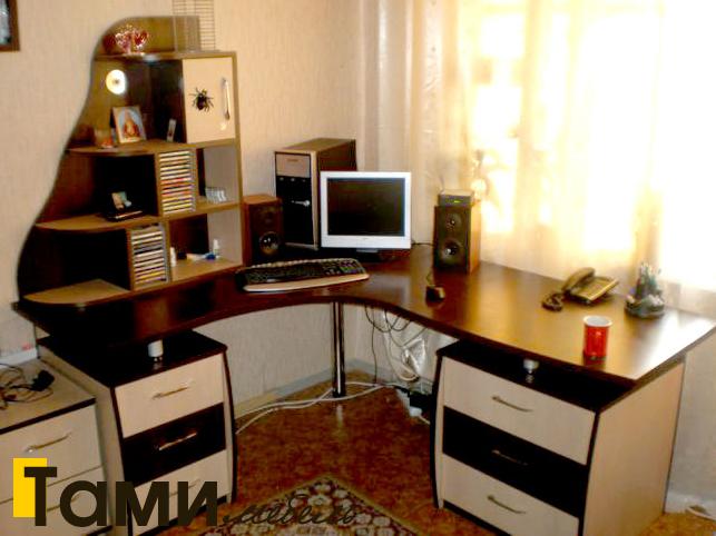Стол компьютерный29