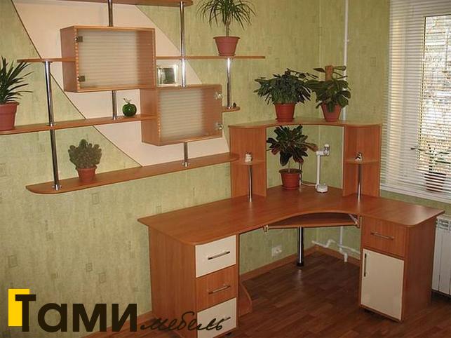 Стол компьютерный39