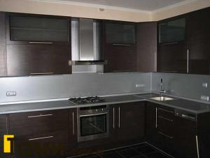 кухня с фасадами из дсп5